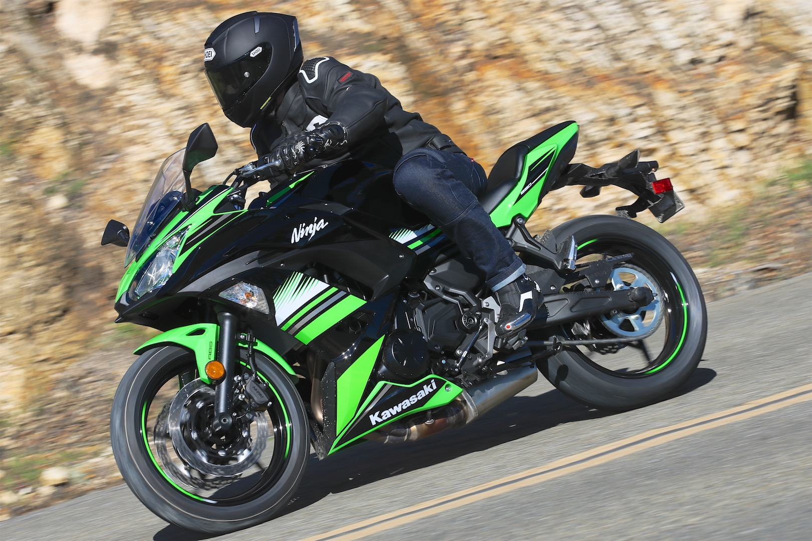 2017 Kawasaki Ninja 650 Review | Friendlier Than Ever