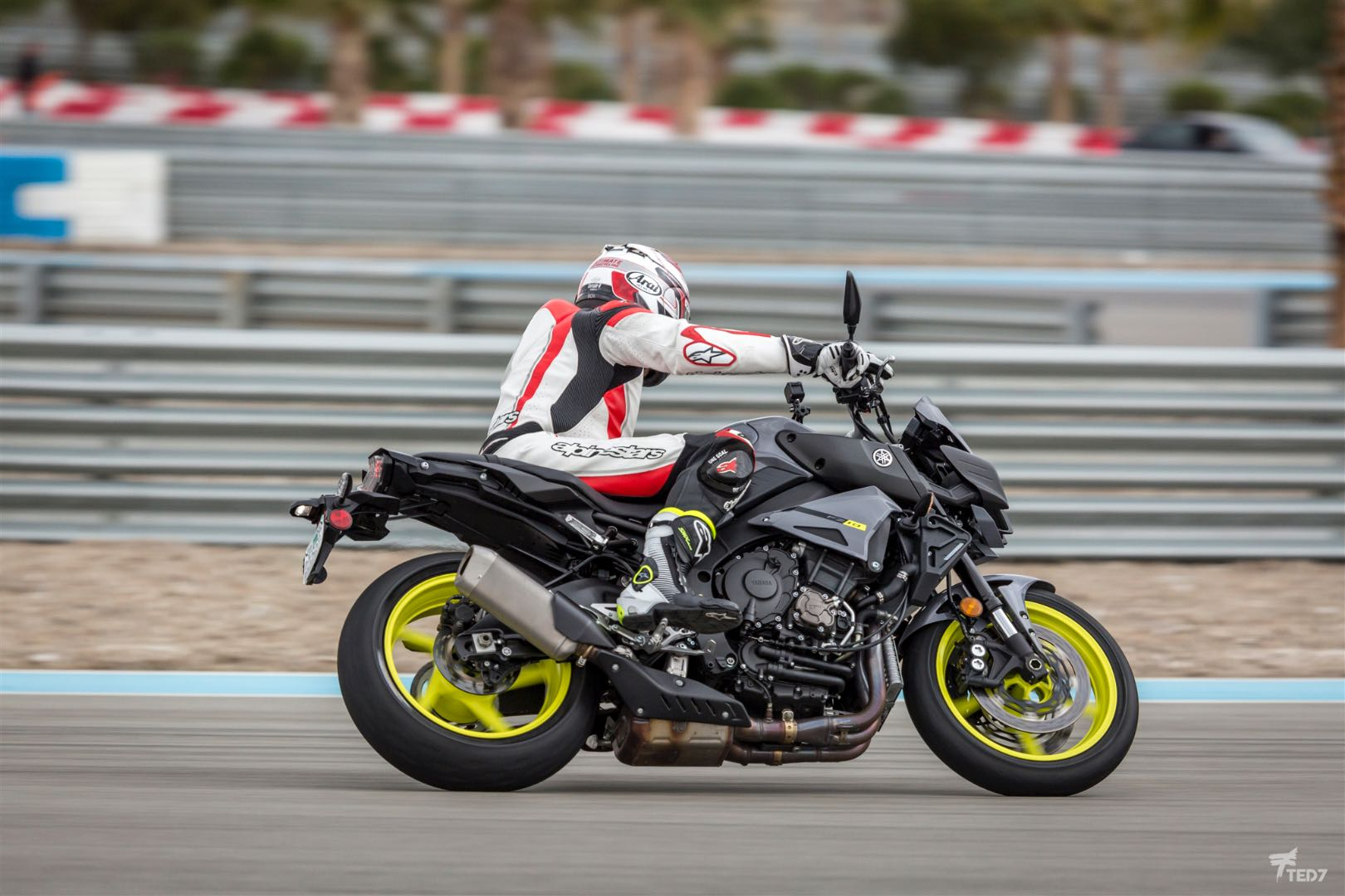 Michelin power rs motorcycle tires review track street test for Cycle sport yamaha