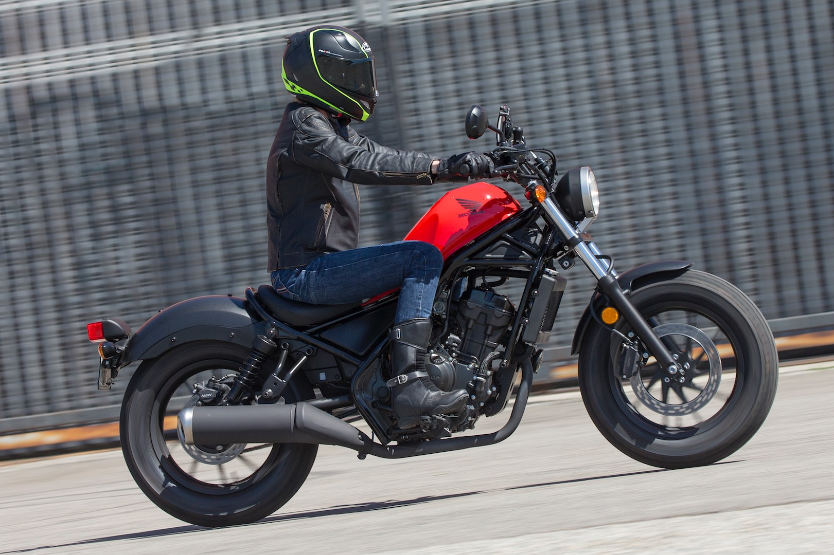 2017 Honda Rebel 500 and 300 First Ride Review | 13 Fast Facts
