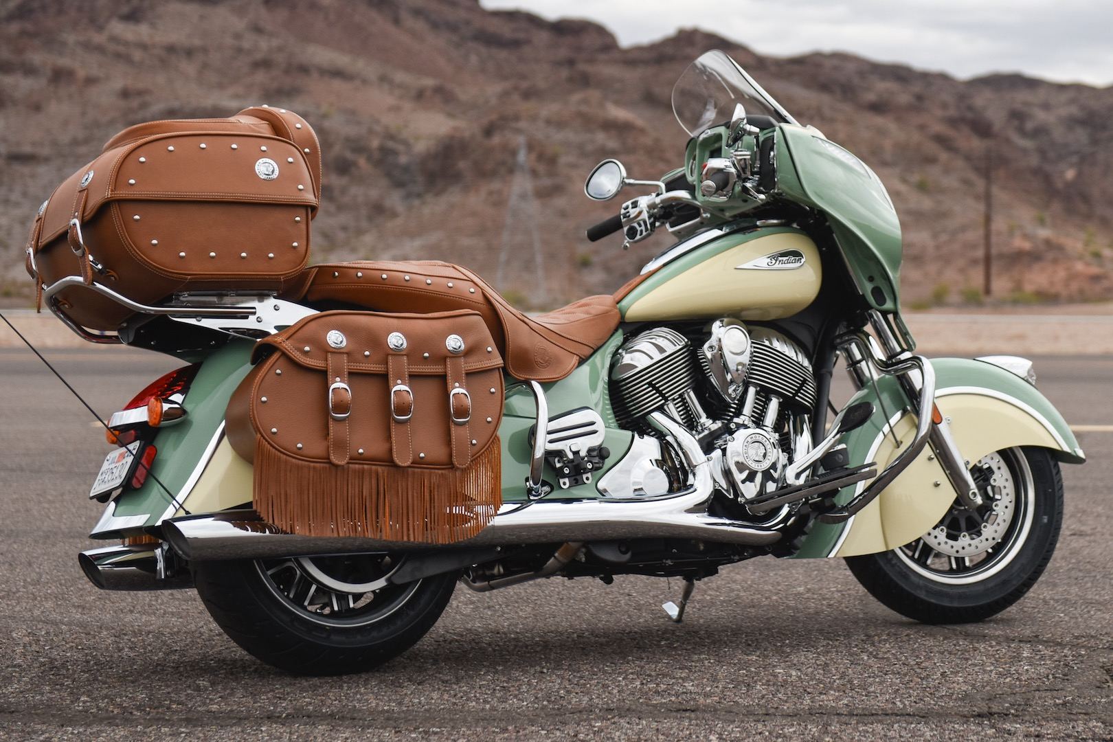 2017 Indian Roadmaster Classic Review | Master of Touring