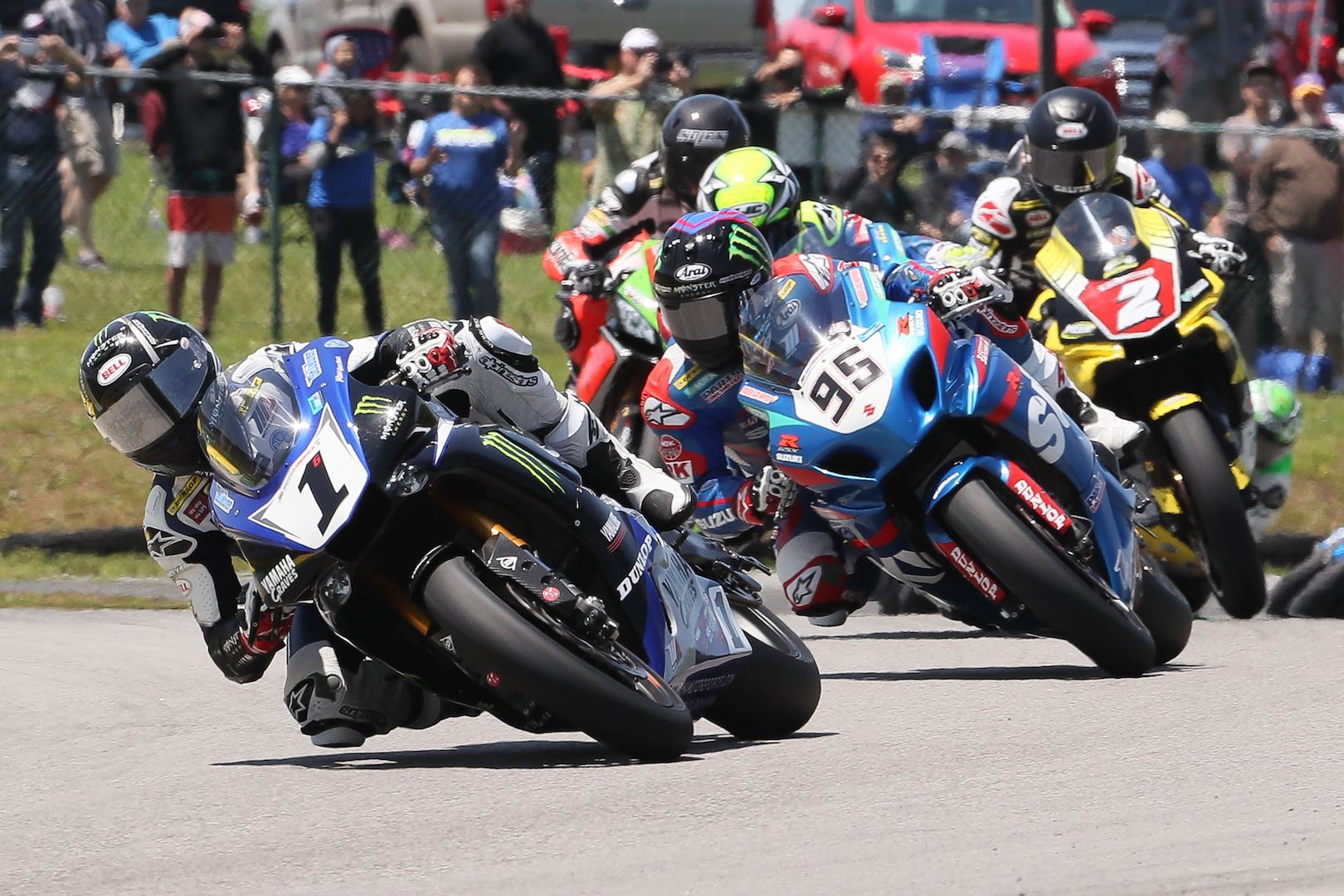 Free MotoAmerica Tickets with Purchase of Dunlop Sportmax Tires