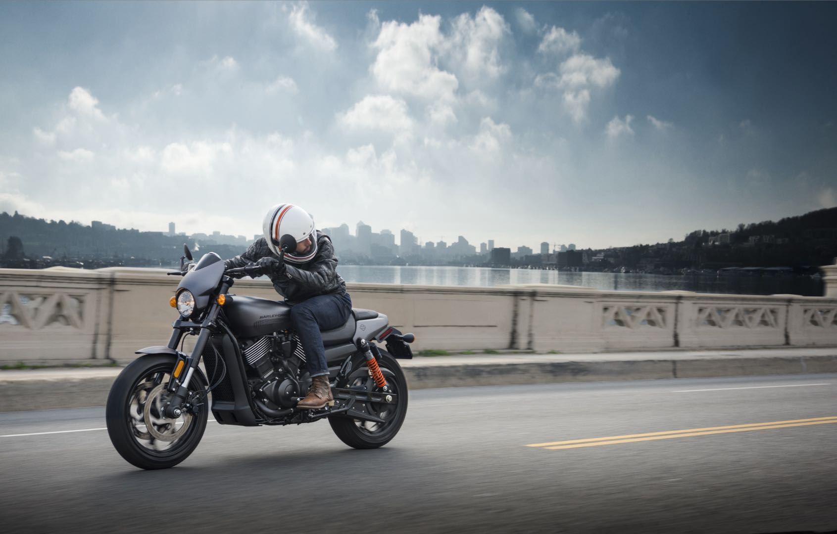 2017 Harley-Davidson Street Rod Unveiled | 13 Fast Facts (Video)