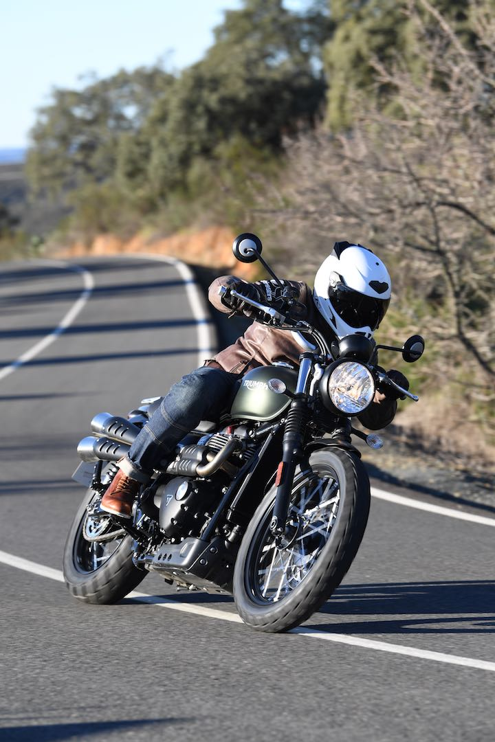 2017 Triumph Street Scrambler Review: at speed