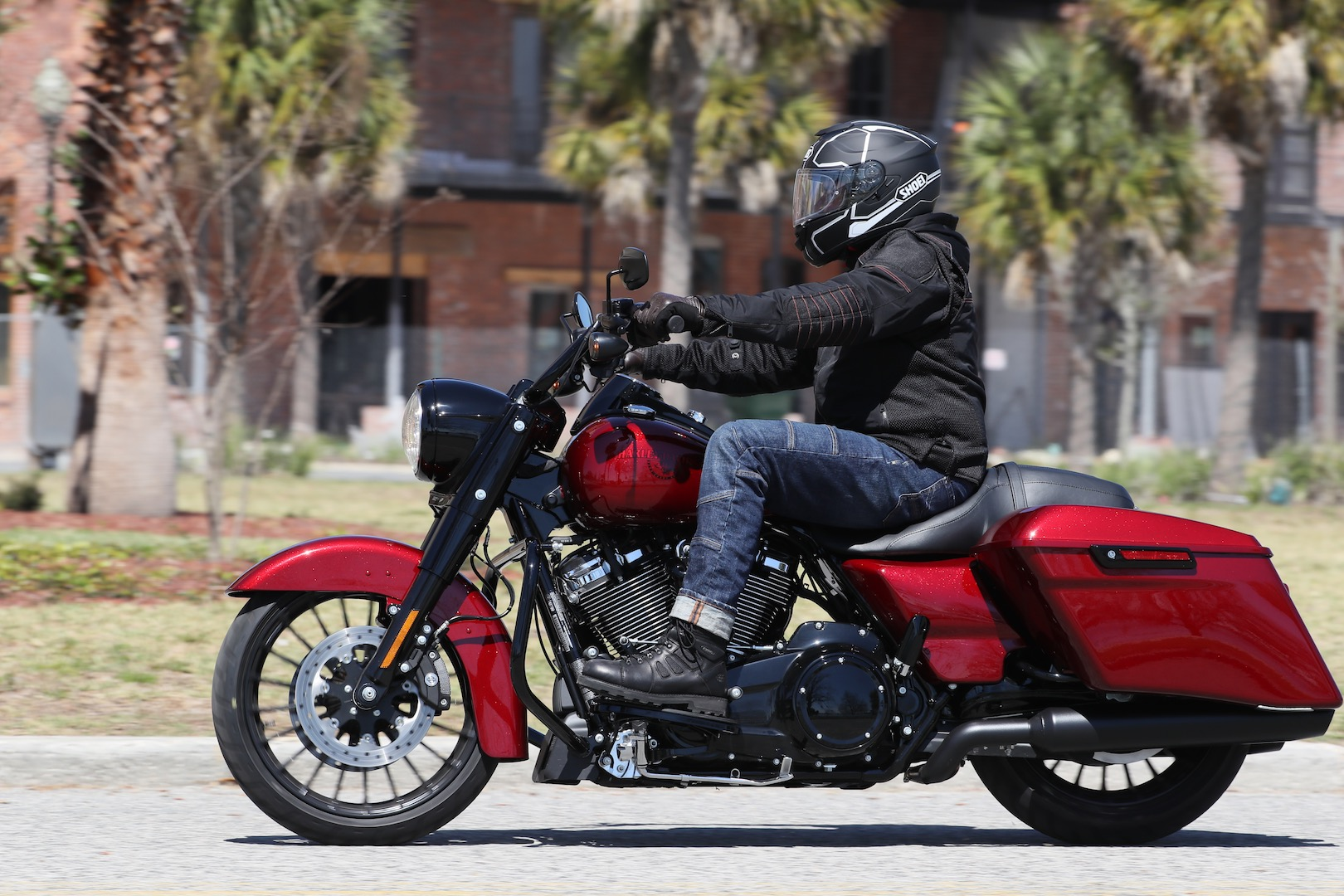 2017 Harley-Davidson Road King Special Review