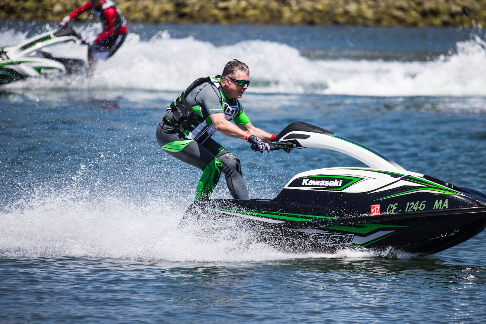 kawasaki sx r jet ski first ride review 14 fast facts video. Black Bedroom Furniture Sets. Home Design Ideas