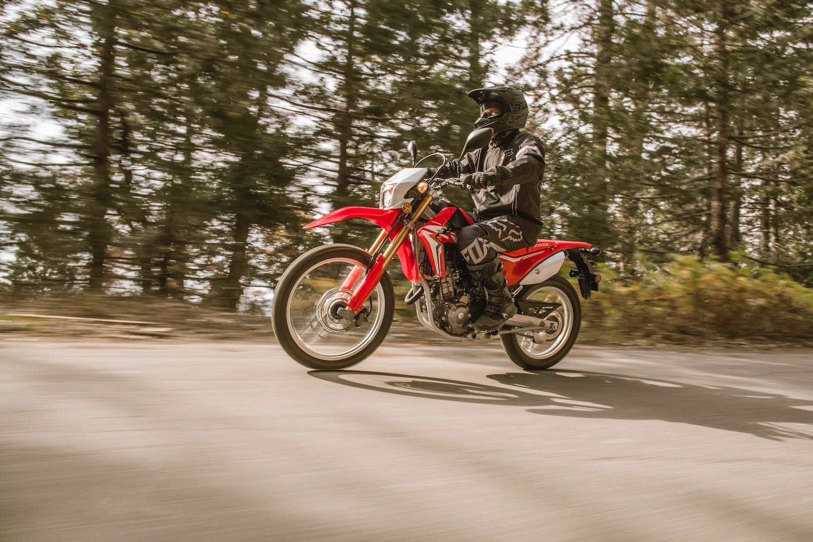 2017 honda crf250l buyer 39 s guide specs price for Honda motorcycle dealers maine
