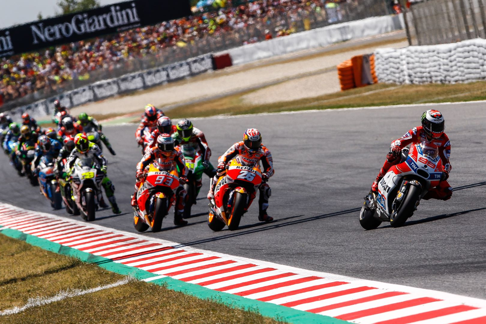 2017 Catalunya MotoGP Results: Beginning of race