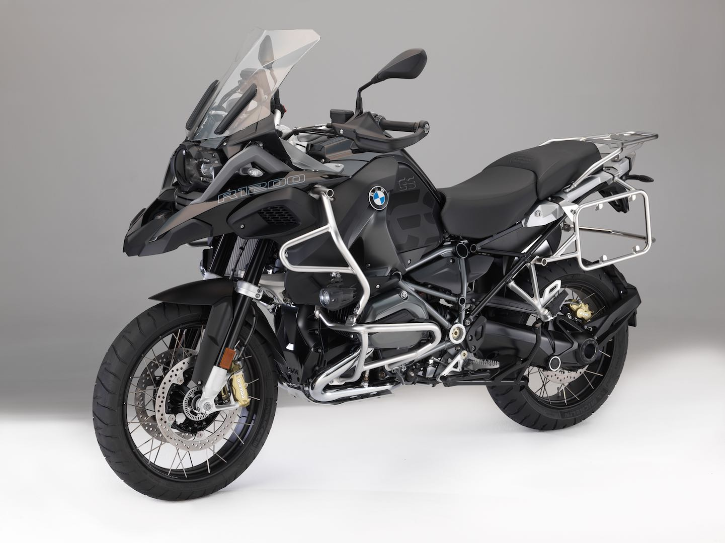 2018 Bmw R 1200 Gs Adventure New Paint Options Like Connectivity