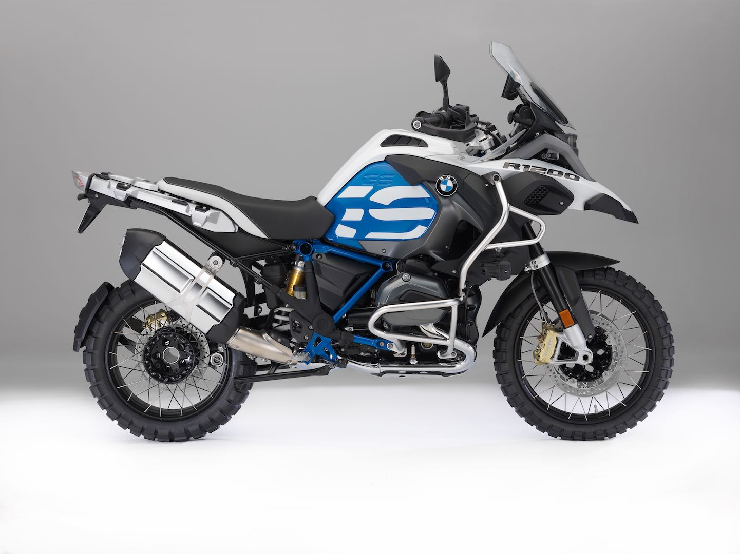 2018 BMW R 1200 GS Adventure Buyer's Guide | Specs & Price