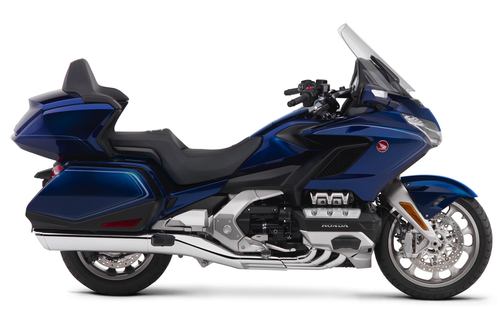 2018 honda gold wing first look 18 fast facts. Black Bedroom Furniture Sets. Home Design Ideas