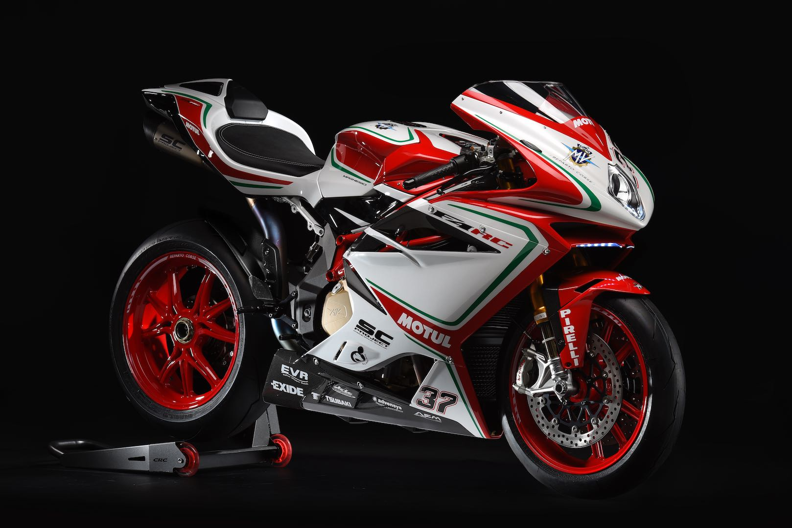2018 mv agusta f4 rc unveiled fast facts photo gallery. Black Bedroom Furniture Sets. Home Design Ideas