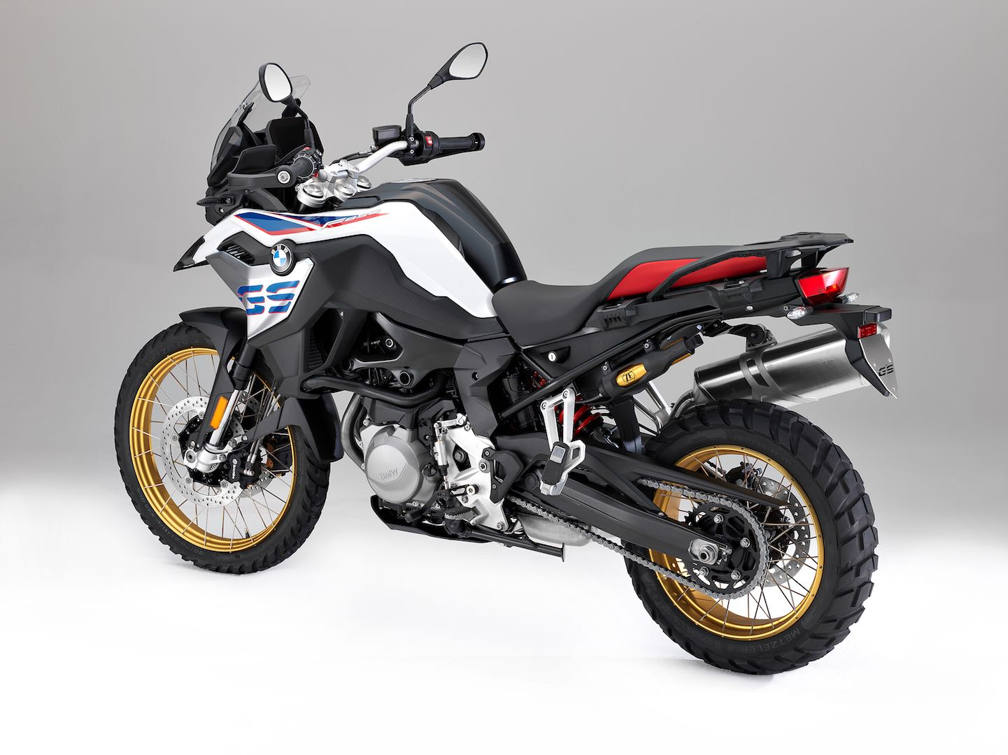 2018 bmw f 850 gs and f 750 gs first looks 12 fast facts. Black Bedroom Furniture Sets. Home Design Ideas