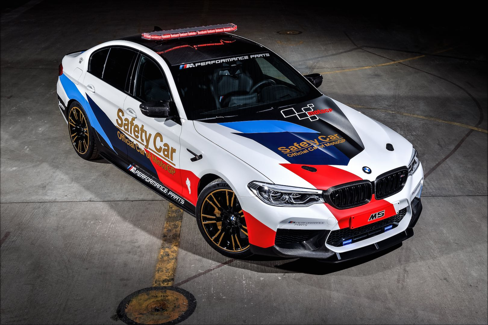 2018 bmw m5 motogp safety car exposed. Black Bedroom Furniture Sets. Home Design Ideas