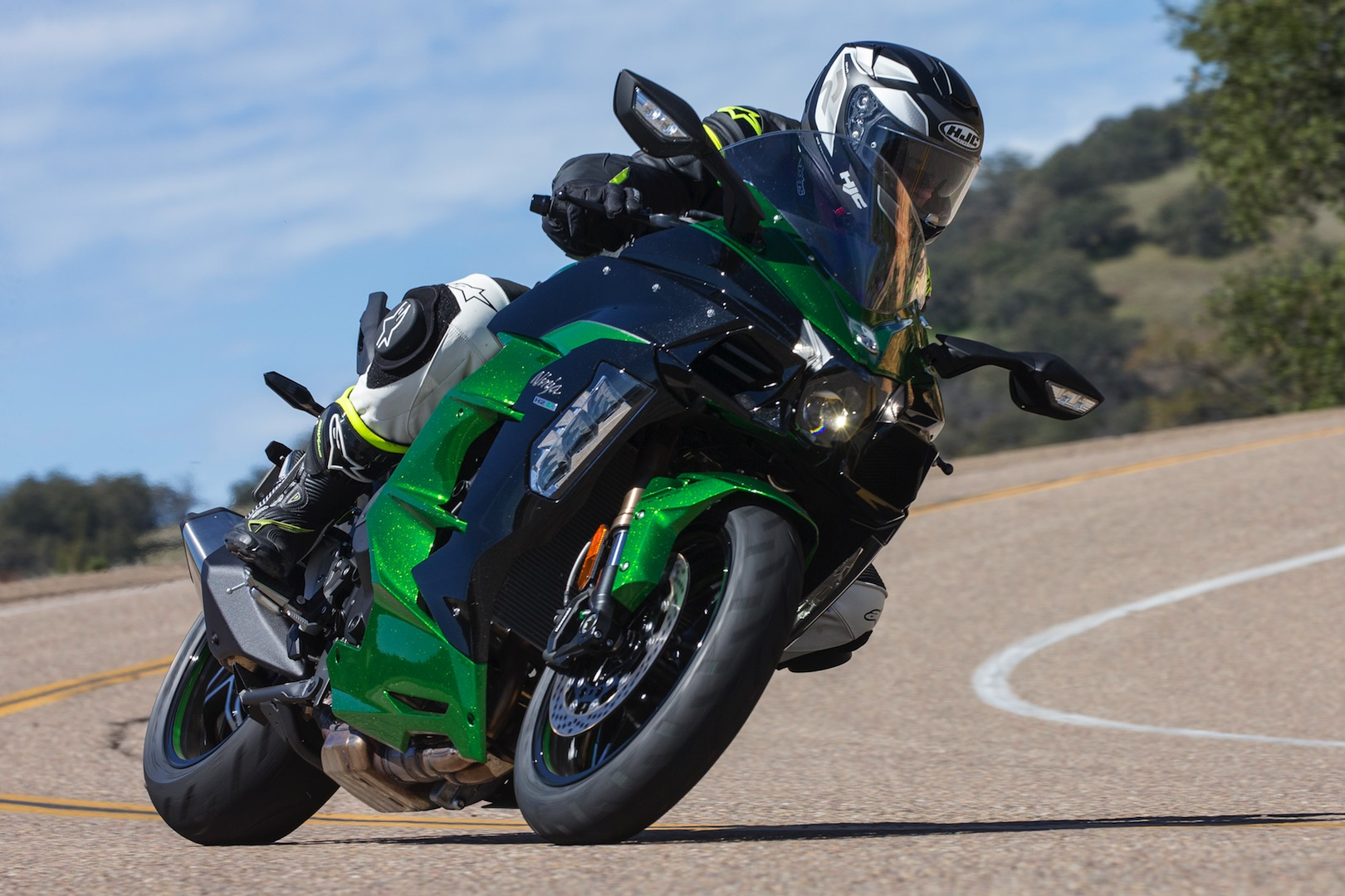 2018 Kawasaki Ninja H2 Sx Se Review 24 Fast Facts
