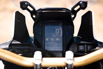2018 Honda CRF1000L2 Africa Twin Adventure Sports DCT gauges