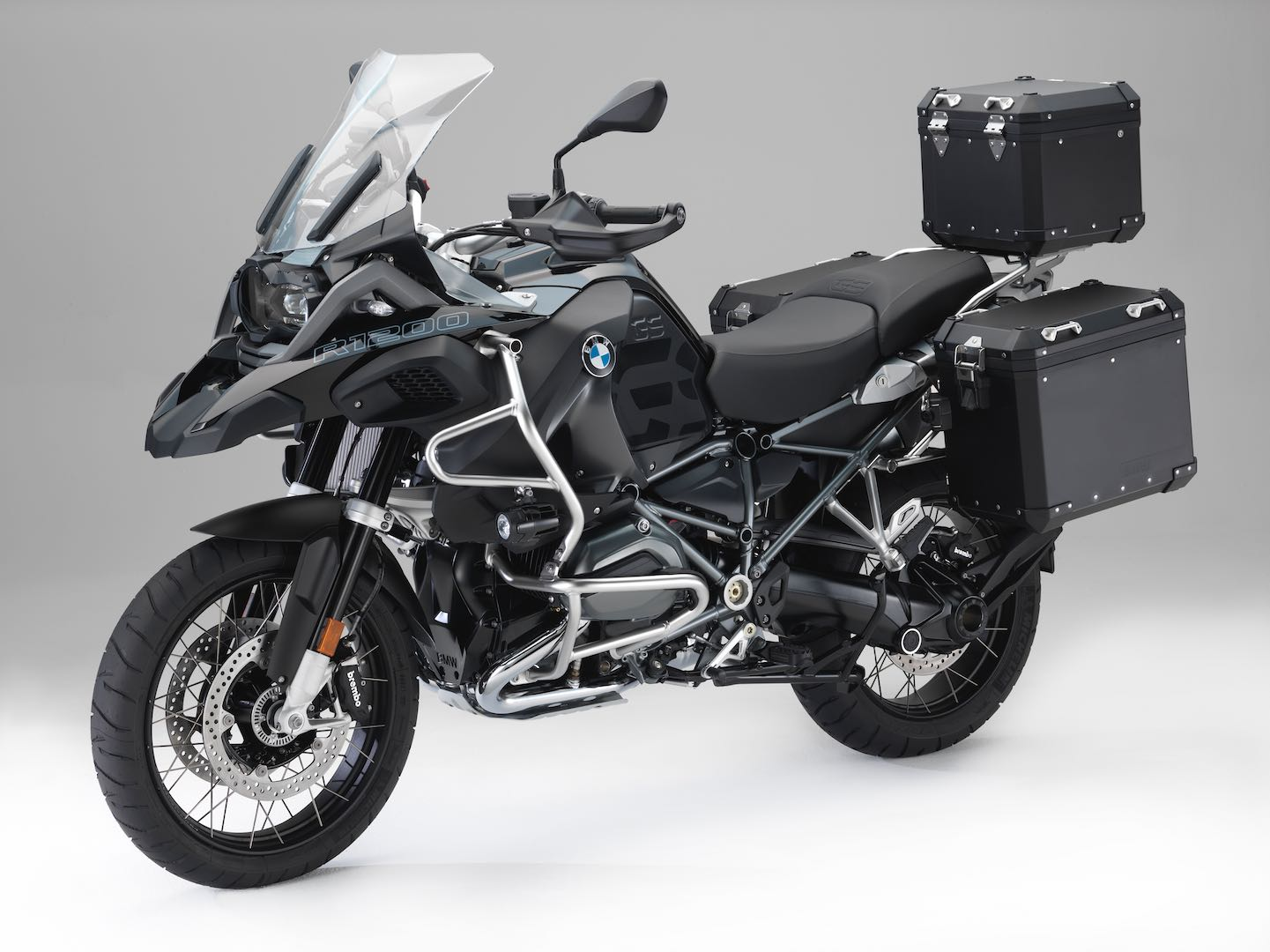 bmw r 1200 gs edition black create a dark touring enduro. Black Bedroom Furniture Sets. Home Design Ideas