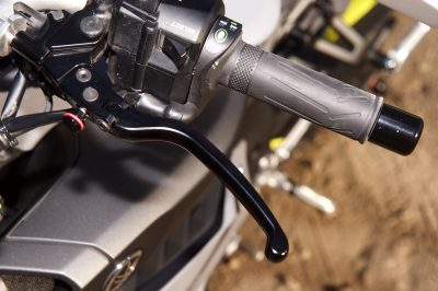 Project Yamaha MT-10 Sport Tourer levers