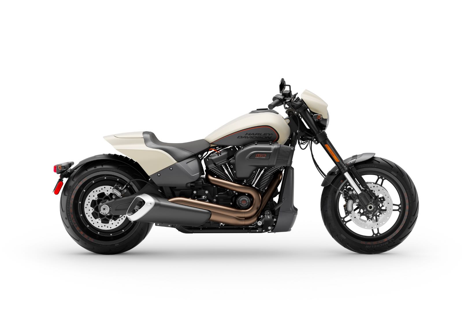 2019 Harley-Davidson FXDR 114 First Look (13 Fast Facts)