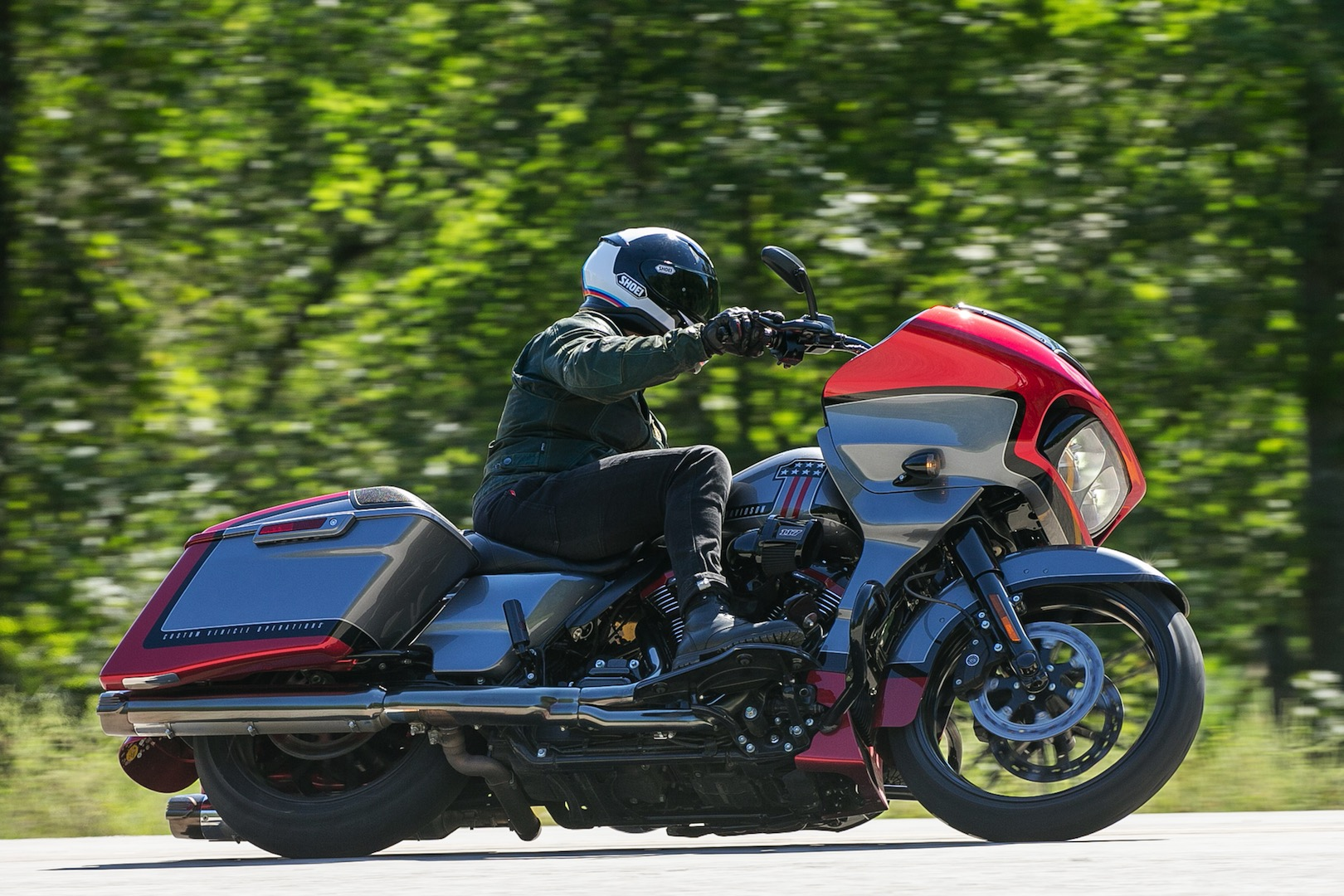 2019 Harley-Davidson CVO Road Glide Review (17 Fast Facts)