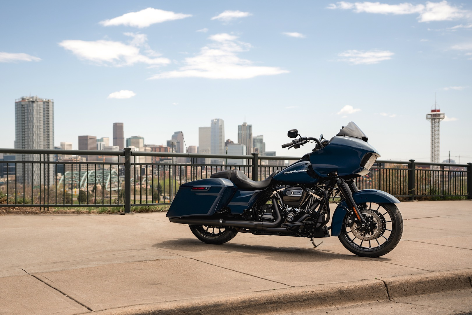 2019 harley davidson road glide special review (15 fast facts) 2006 jeep fuse  box