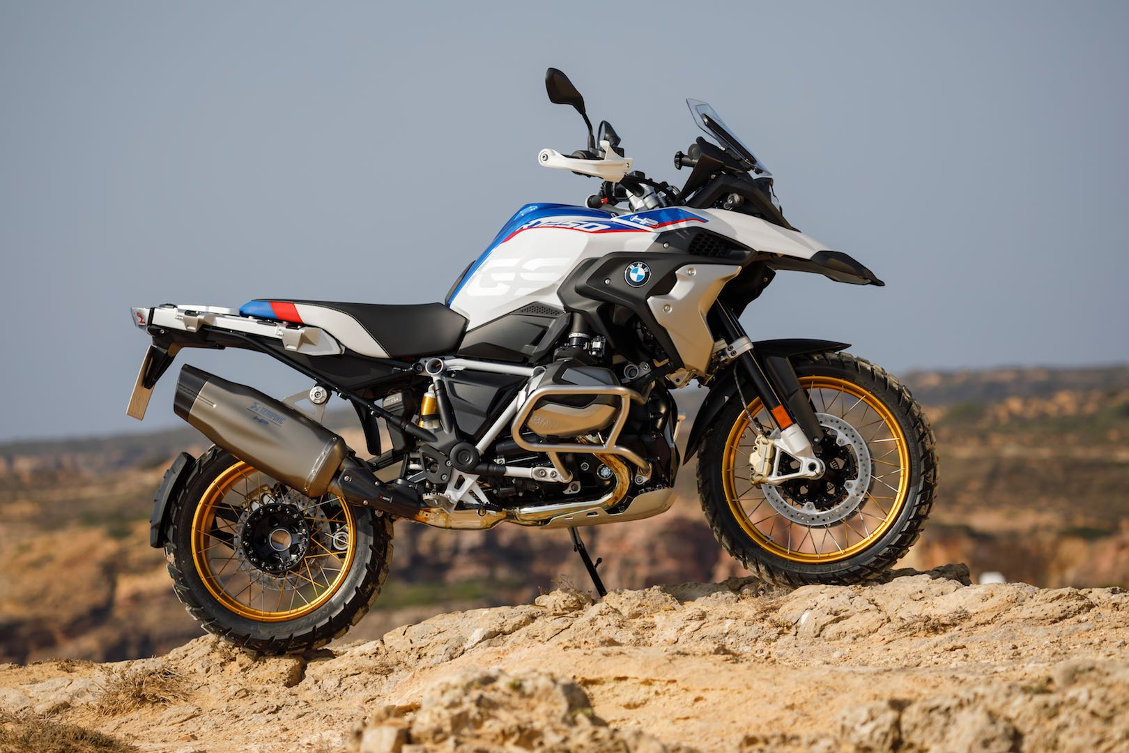 2019 bmw r 1250 gs unveiled with variable timing 11 fast