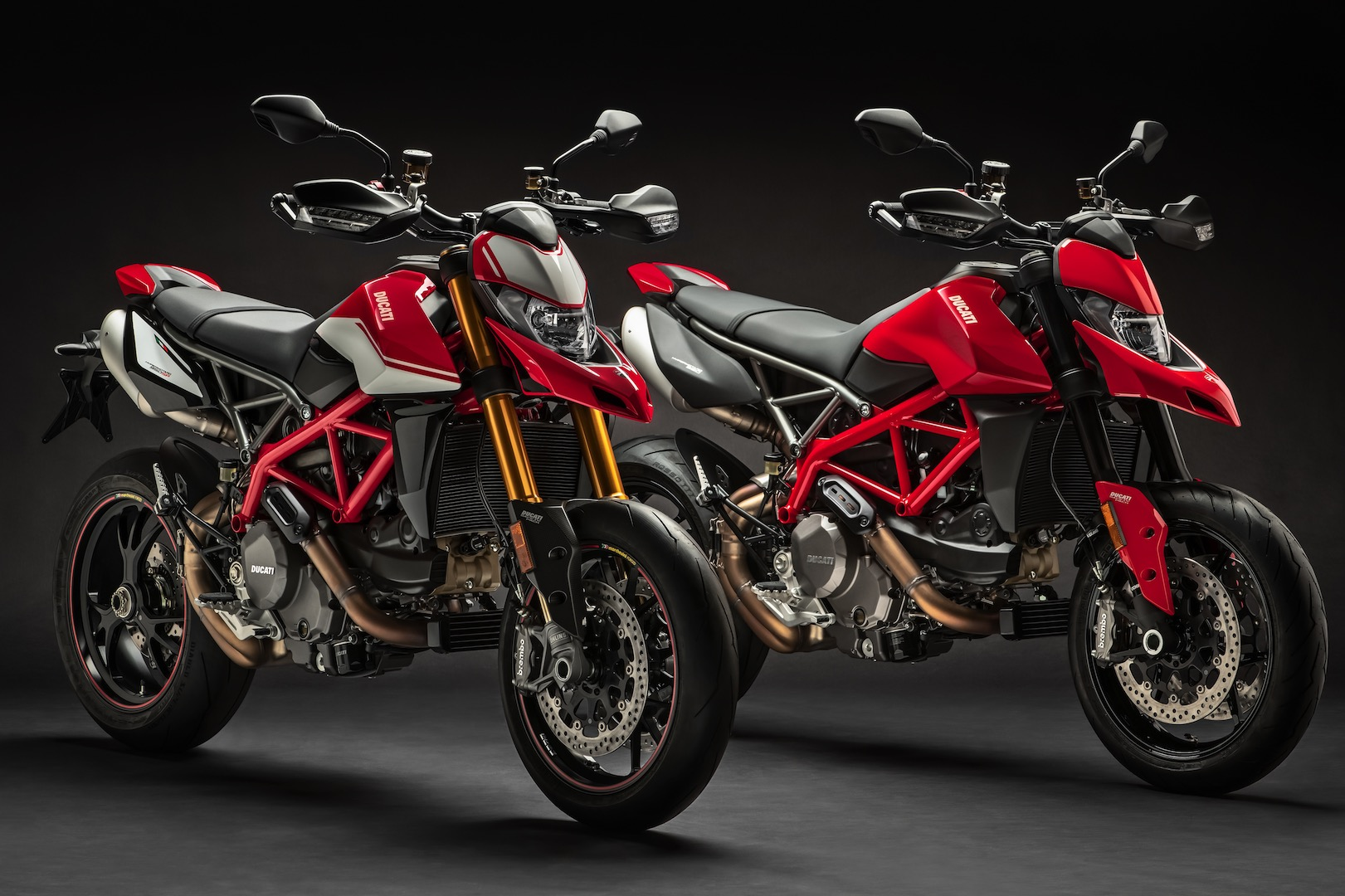 2019 Ducati Hypermotard 950 First Look 18 Fast Facts
