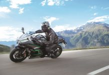 2019 Kawasaki H2 SX SE+ top speed