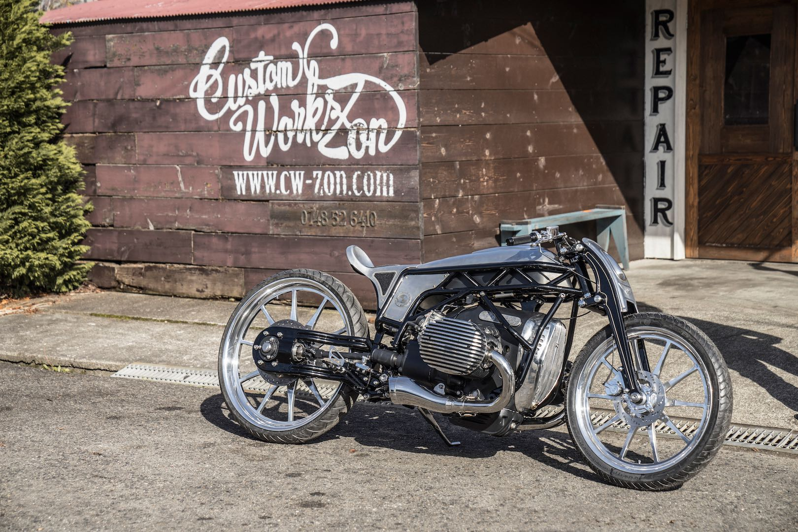 "Custom Works Zon ""Departed"" Custom BMW with 1800cc Boxer Prototype custom"