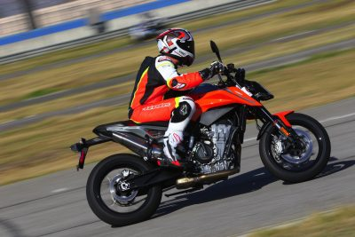 2019 KTM 790 Duke top speed