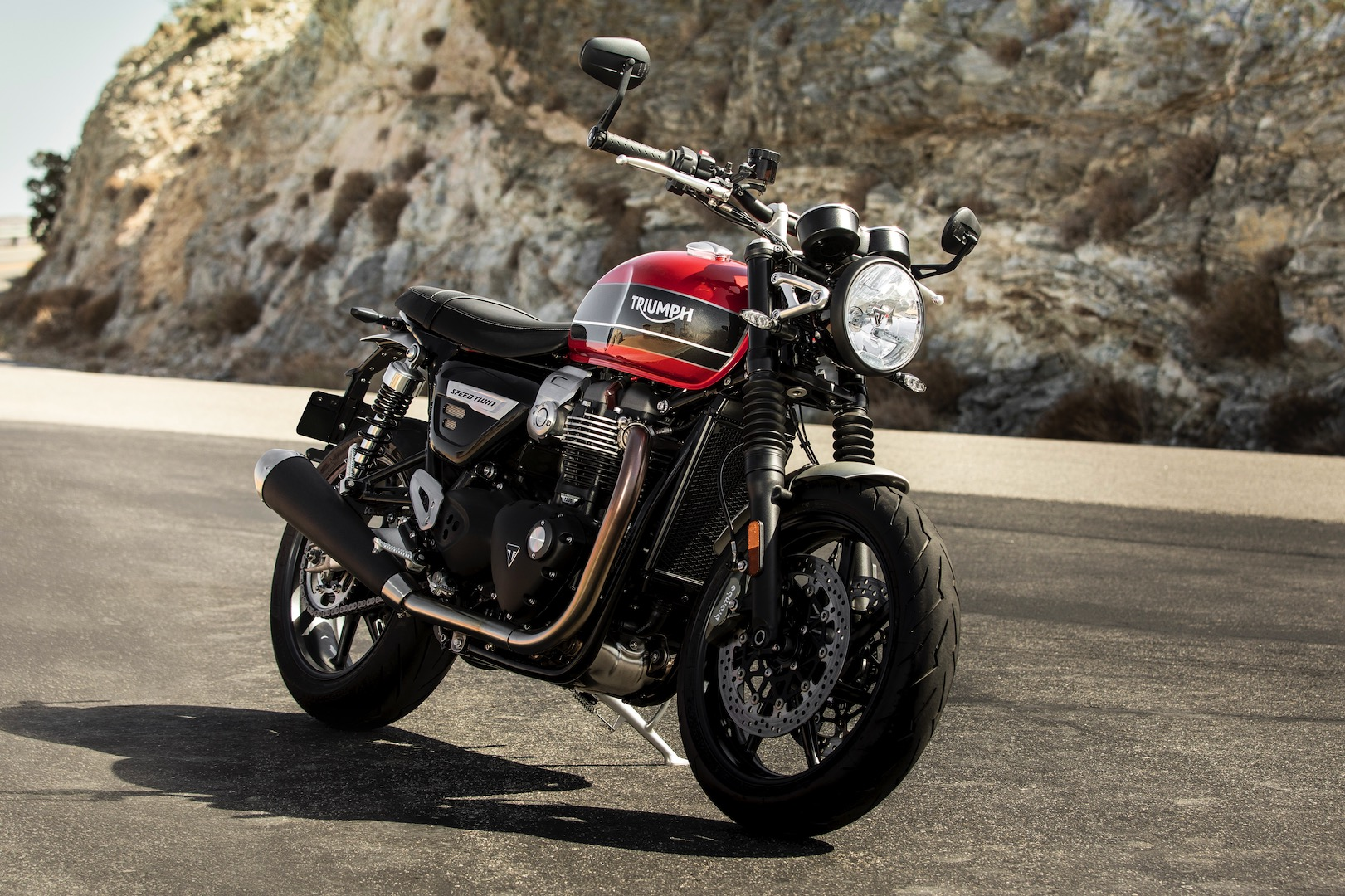 2019 Triumph Speed Twin First Look - PCH