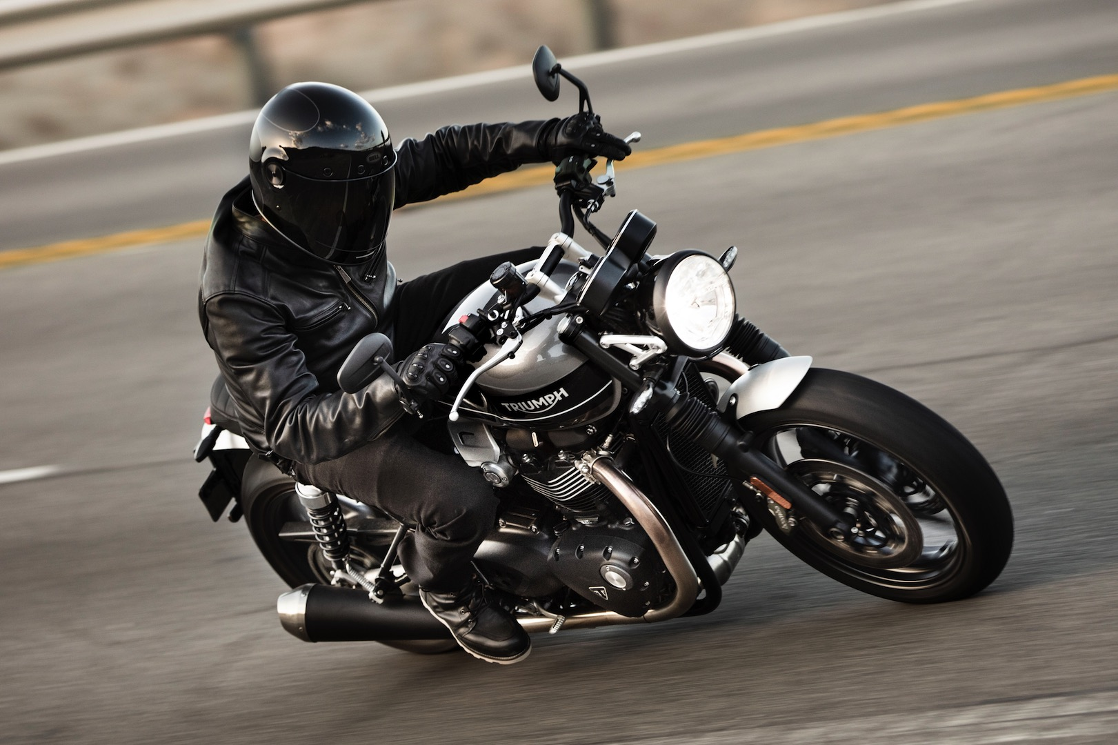 2019 Triumph Speed Twin First Look 12 Fast Facts