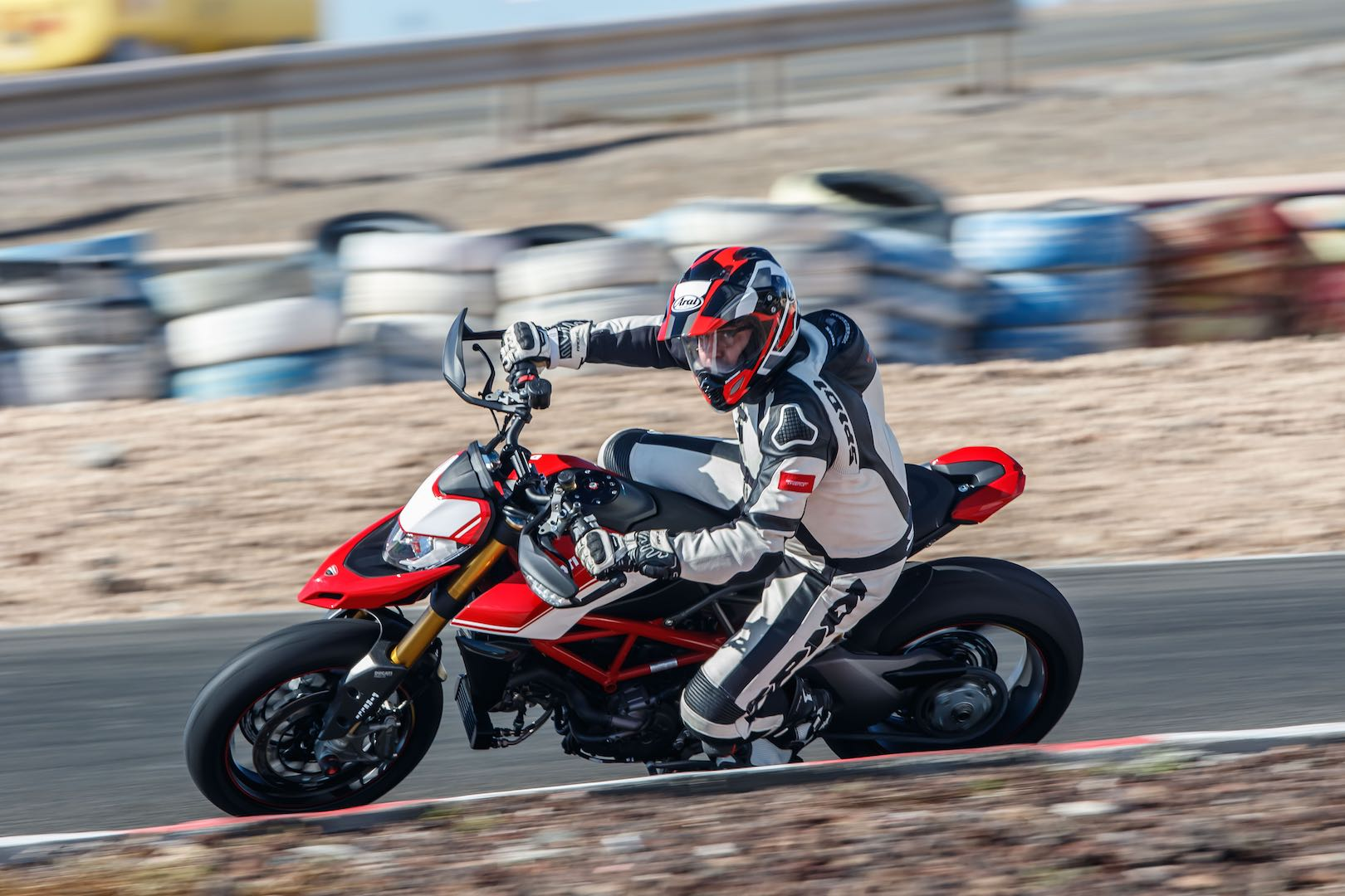 2019 Ducati Hypermotard 950 950 Sp Review 26 Fast Facts