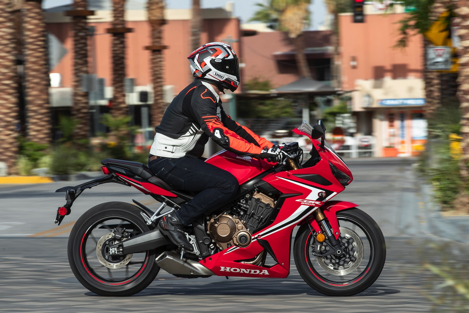 2019 Honda CBR650R Review (14 Fast Facts