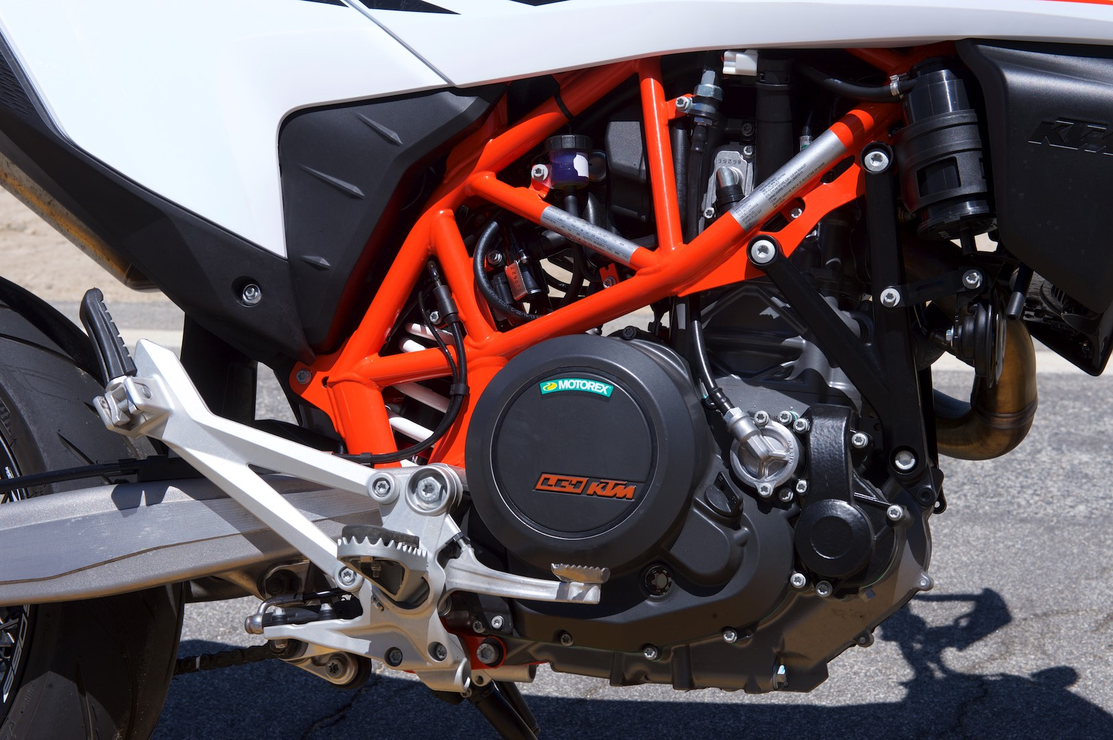 2019 KTM 690 SMC R Review (17 Fast Facts)