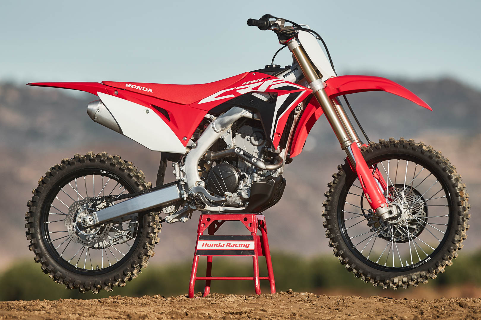 2020 Honda Crf250r Review National Track Tested 12 Fast