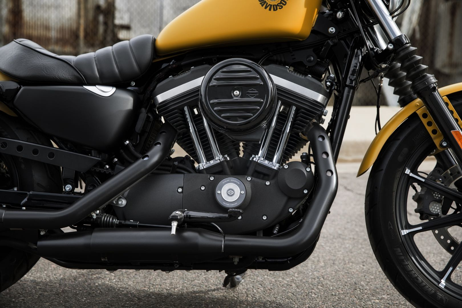 2020 Harley Davidson Iron 883 Buyer S Guide Specs Prices