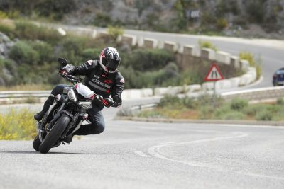 Street Triple RS street riding