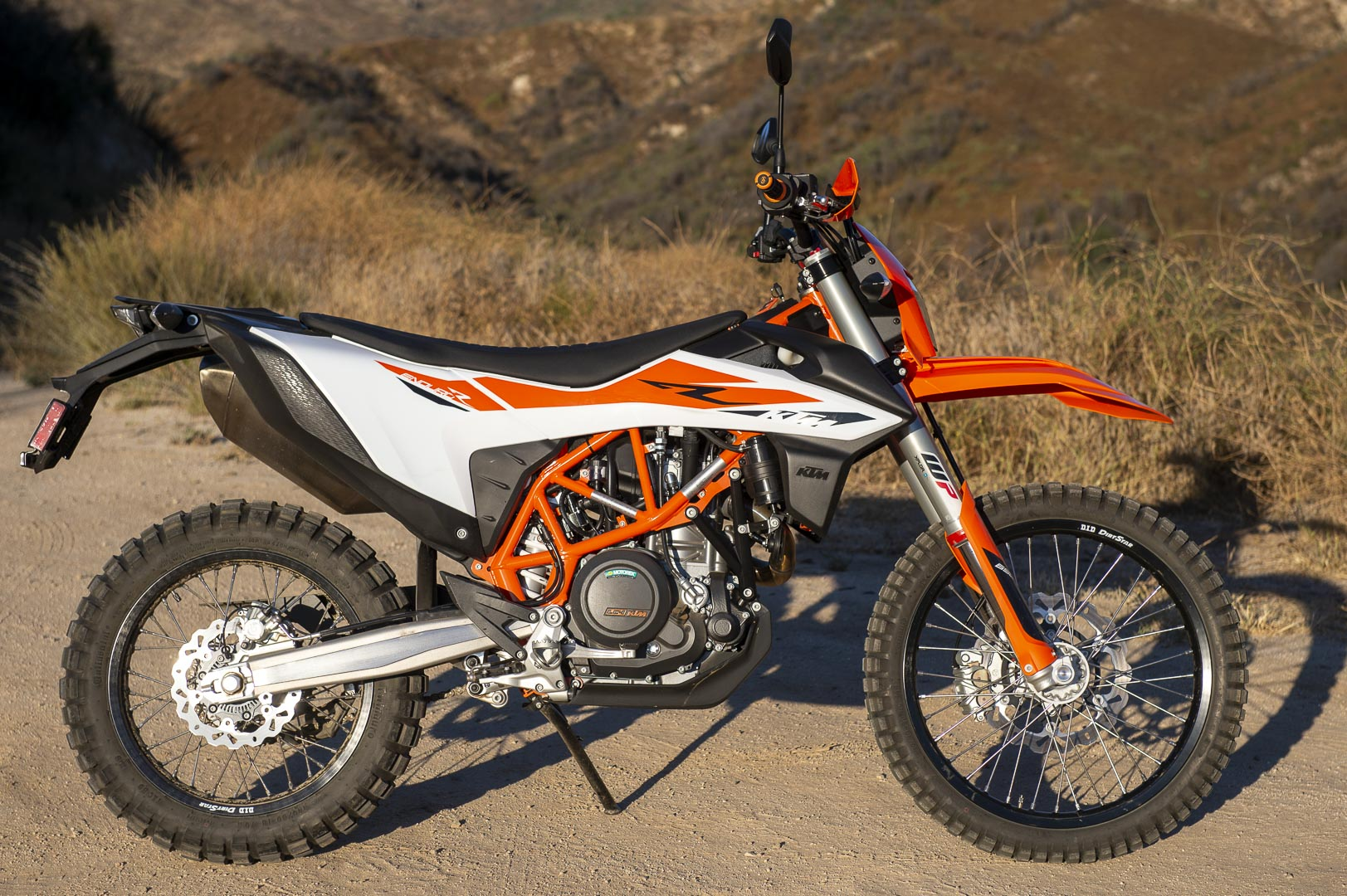 2019 KTM 690 Enduro R On-/Off-Road Review (16 Fast Facts)