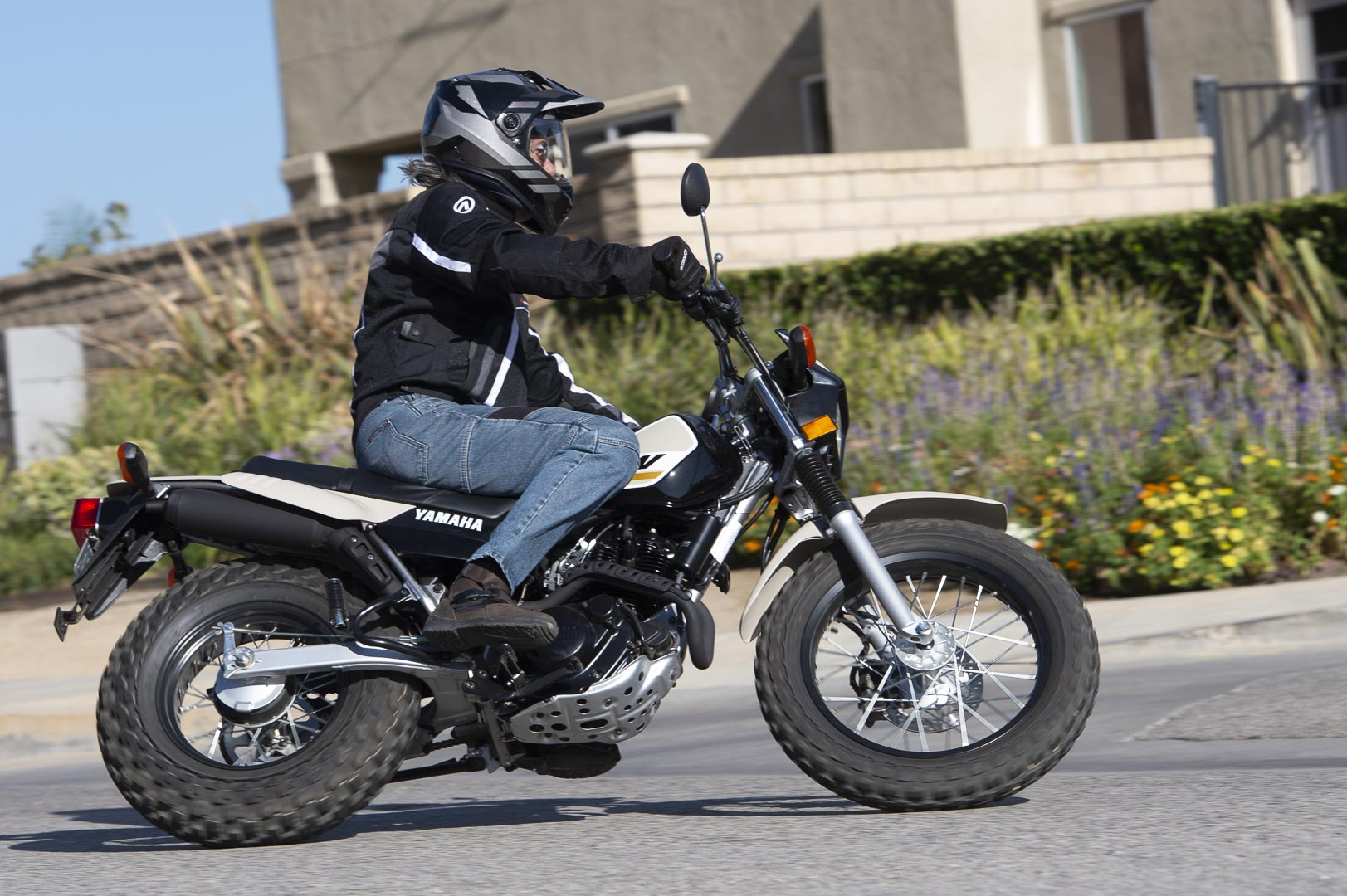 Best Dual Sport Motorcycle 2020.2020 Yamaha Tw200 Review The Forgotten Dual Sport Motorcycle