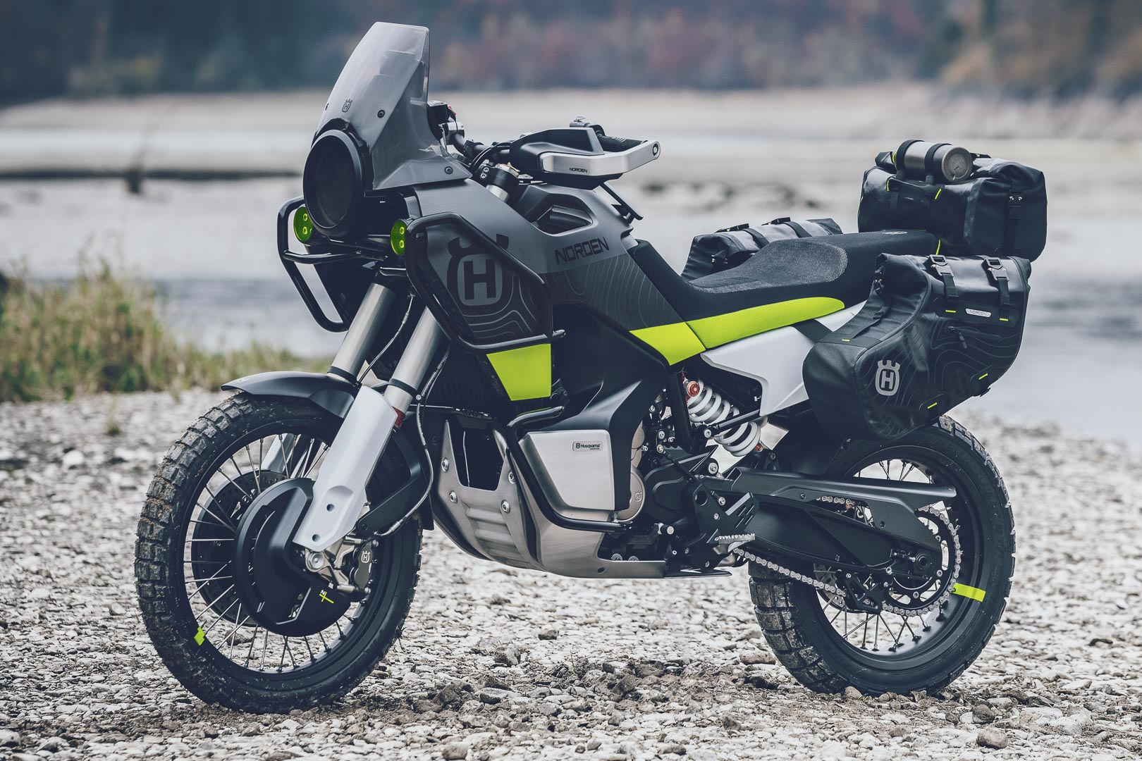 Husqvarna Norden 901 - Adventure Motorcycle