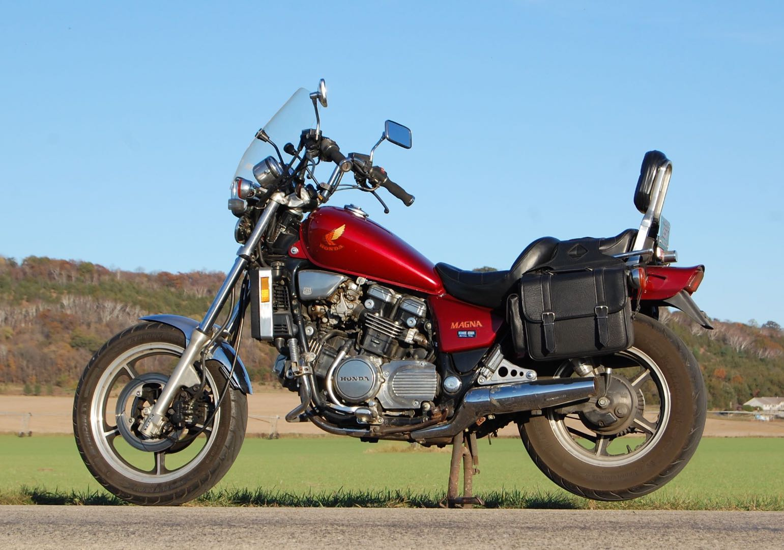 Honda VF700C Magna : One of the Hondas that Harley Built (Tariff Bike)