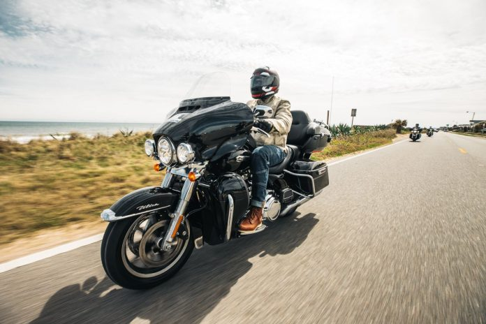 Michelin Commander III: First Ride Review from Daytona Bike Week