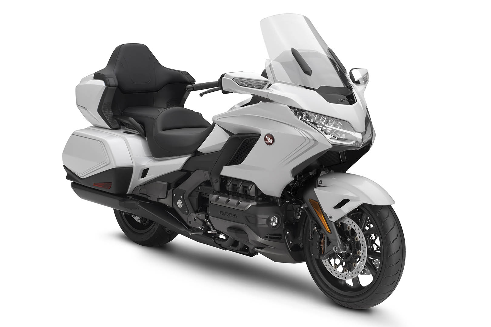 2020 Honda Gold Wing Tour Buyers Guide: Specs & Prices