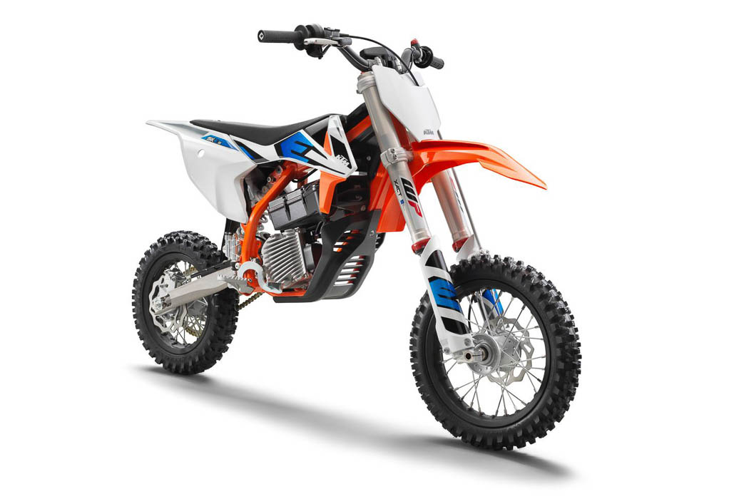 2021 KTM Electric Motorcycles First Look - SX-E 5