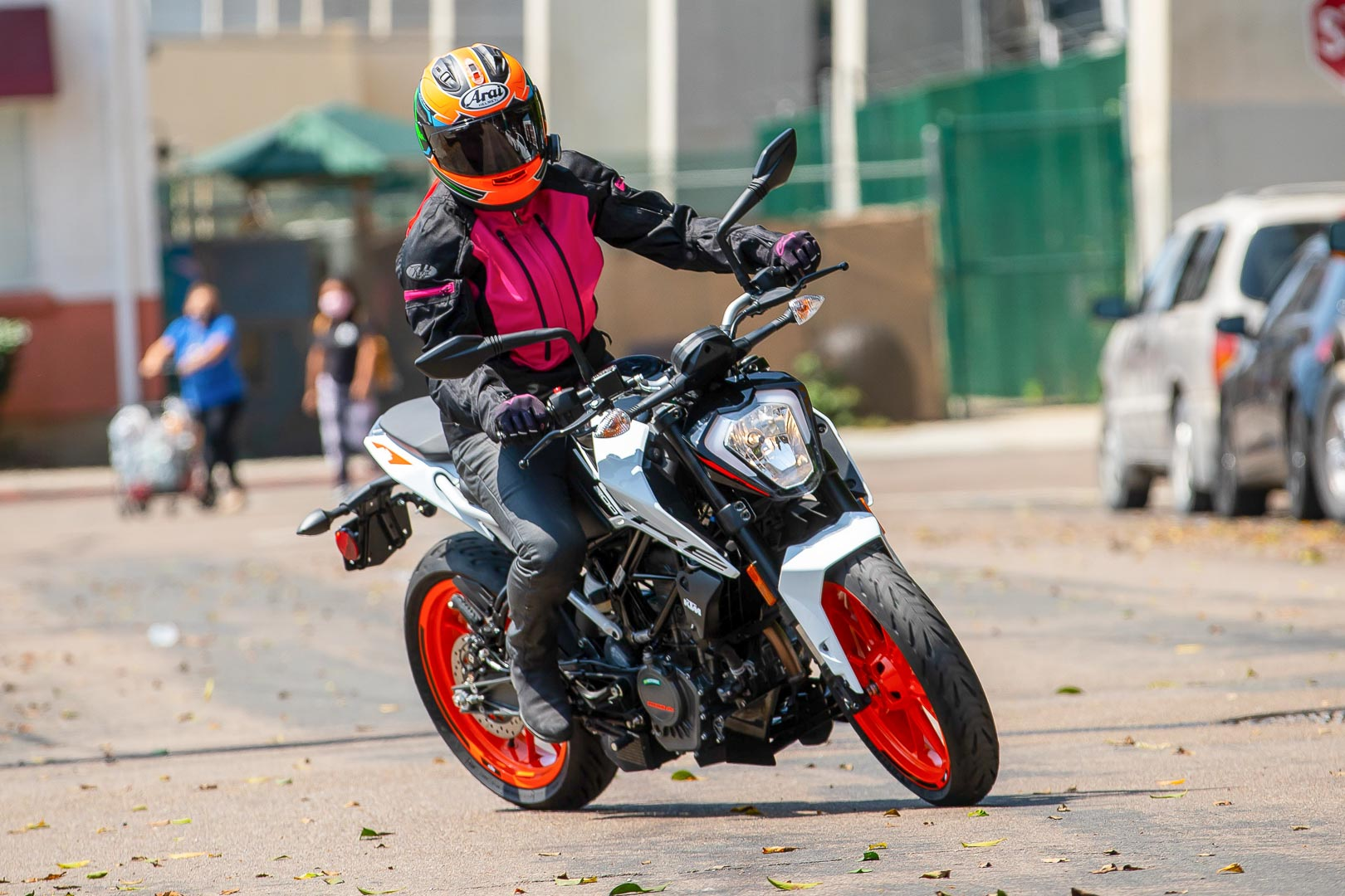 2020 KTM 200 Duke Review: Urban Motorcycle