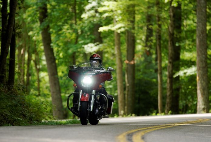 2020 Indian Chieftain Elite review