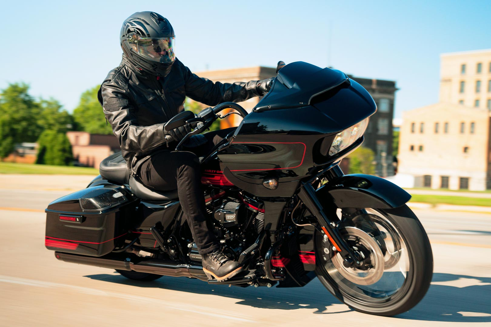 2021 Harley-Davidson CVO Road Glide: Colors