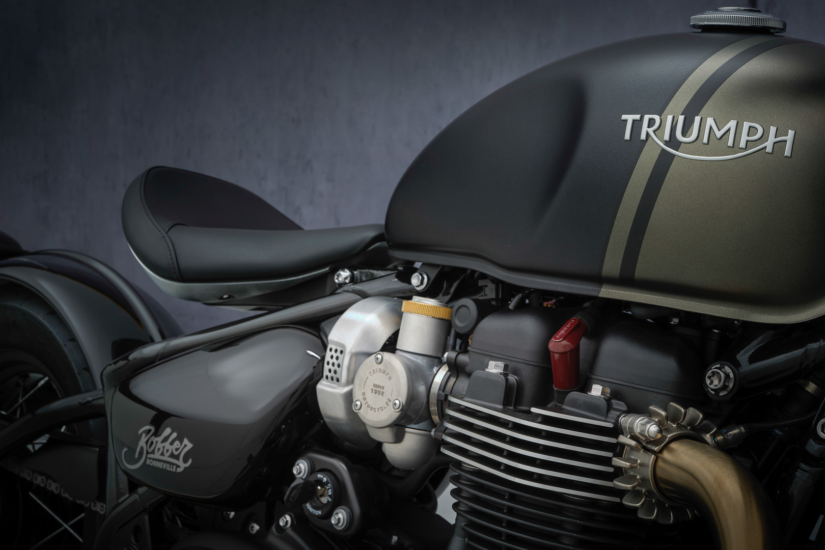 2022 Triumph Bonneville Bobber First Look: MSRP