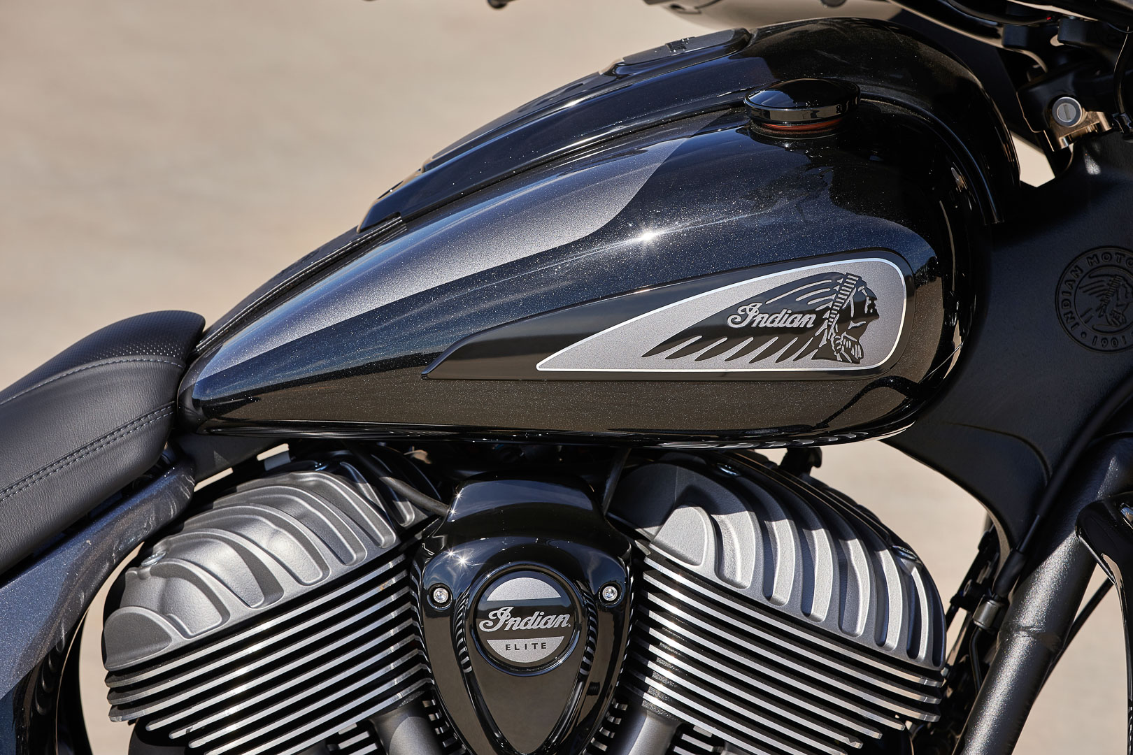 2021 Indian Chieftain Elite First Look: Colors and Paint